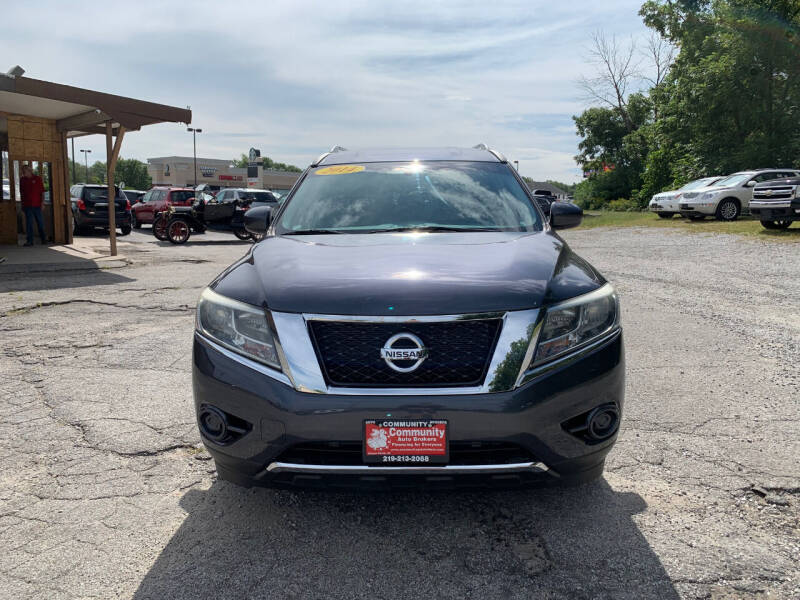 2014 Nissan Pathfinder for sale at Community Auto Brokers in Crown Point IN