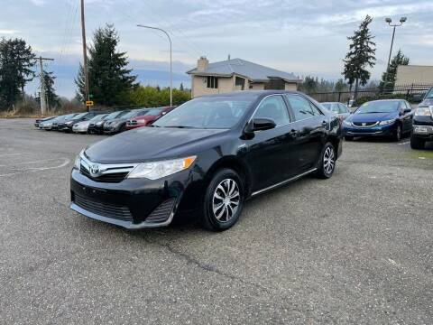 2014 Toyota Camry Hybrid for sale at KARMA AUTO SALES in Federal Way WA