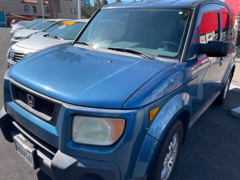 2006 Honda Element for sale at CARZ in San Diego CA