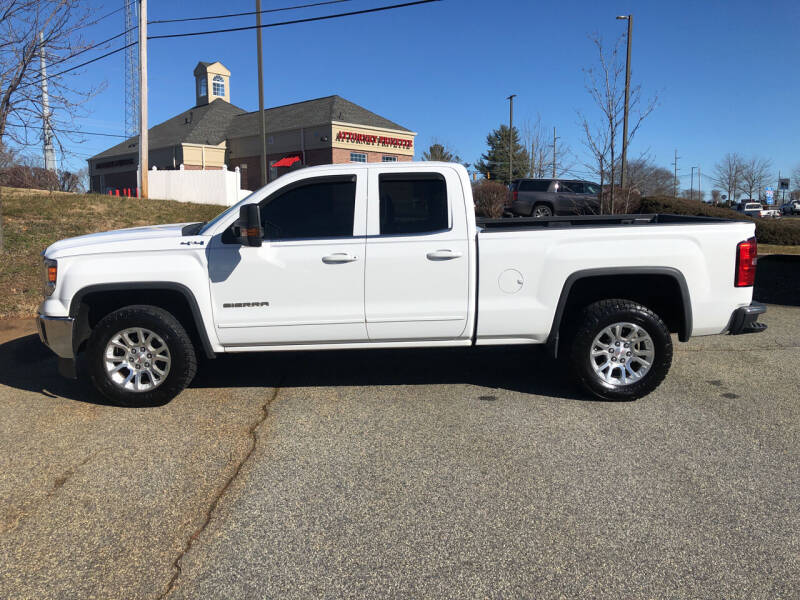 2015 GMC Sierra 1500 for sale at Bill Henderson Auto Group Inc in Statesville NC