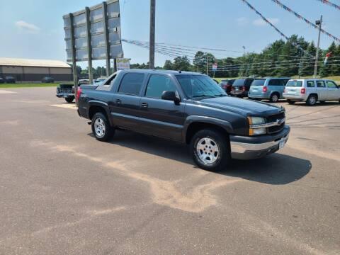 2004 Chevrolet Avalanche for sale at Rum River Auto Sales in Cambridge MN