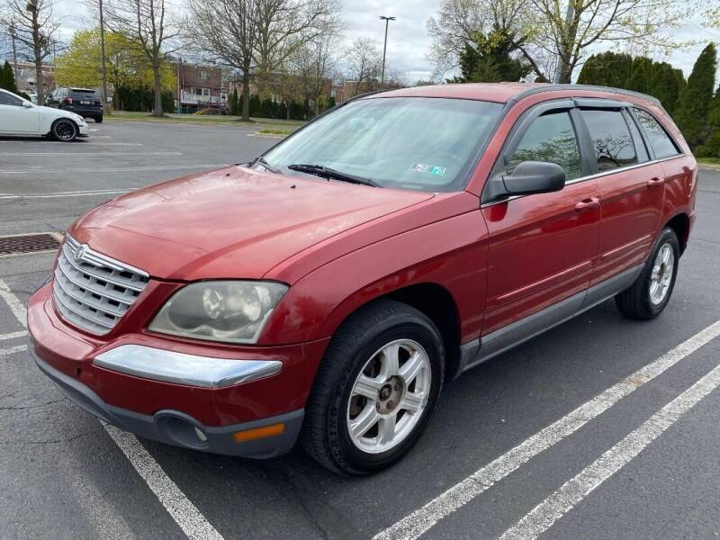 2004 Chrysler Pacifica for sale at Professionals Auto Sales in Philadelphia PA