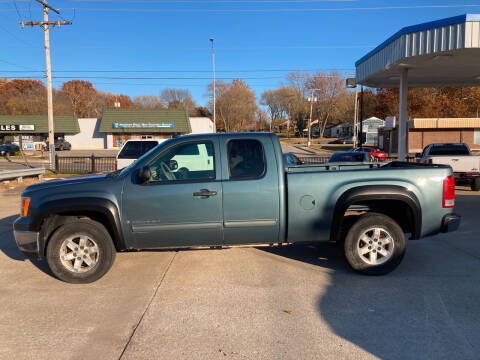2007 GMC Sierra 1500 for sale at GRC OF KC in Gladstone MO