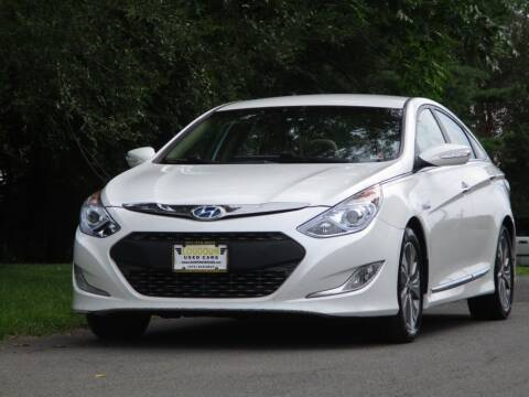 2013 Hyundai Sonata Hybrid for sale at Loudoun Used Cars in Leesburg VA