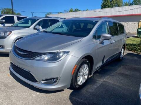 2018 Chrysler Pacifica for sale at The Car Guy powered by Landers CDJR in Little Rock AR