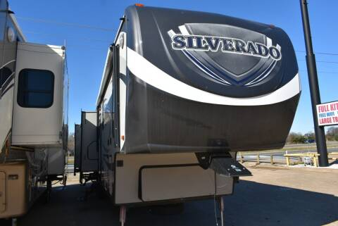 2015 Heartland Bighorn Silverado 38QBSS for sale at Buy Here Pay Here RV in Burleson TX