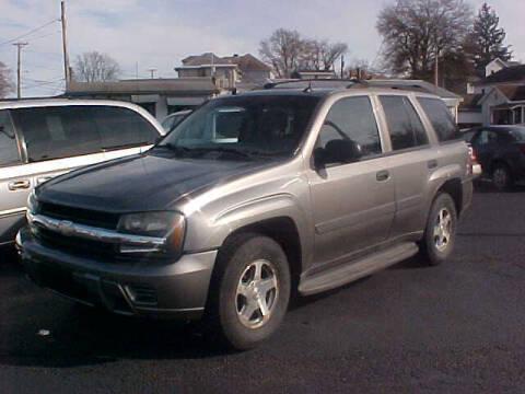 2005 Chevrolet TrailBlazer for sale at Bates Auto & Truck Center in Zanesville OH
