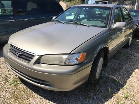 1999 Toyota Camry for sale at GREENLIGHT AUTO SALES in Akron OH