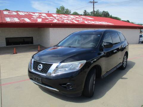 2013 Nissan Pathfinder for sale at DFW Auto Leader in Lake Worth TX