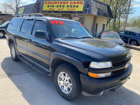 2004 Chevrolet Suburban for sale at Courtesy Cars in Independence MO