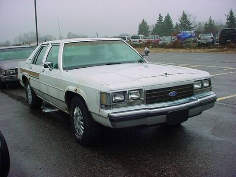 1991 Ford LTD Crown Victoria for sale at VOA Auto Sales in Pontiac MI