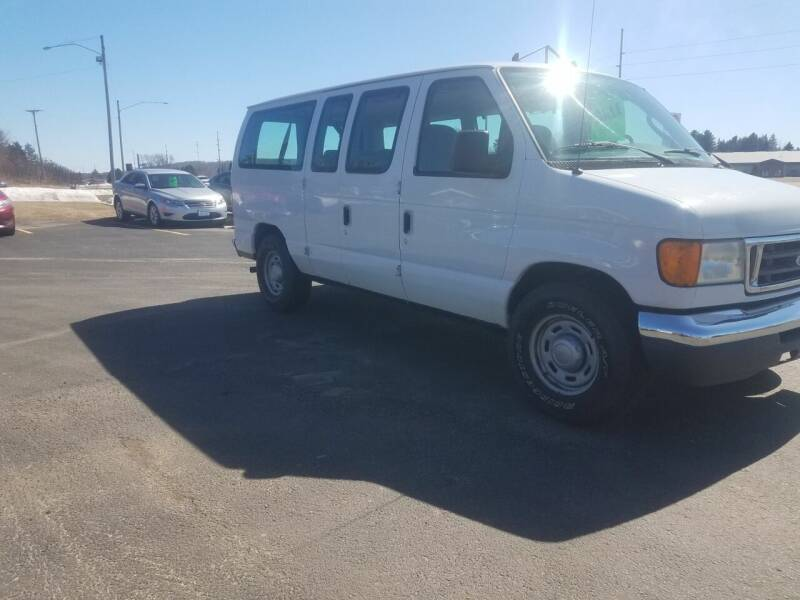 2006 Ford E-Series Wagon for sale at D AND D AUTO SALES AND REPAIR in Marion WI