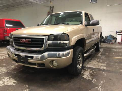 2004 GMC Sierra 2500HD for sale at Paley Auto Group in Columbus OH