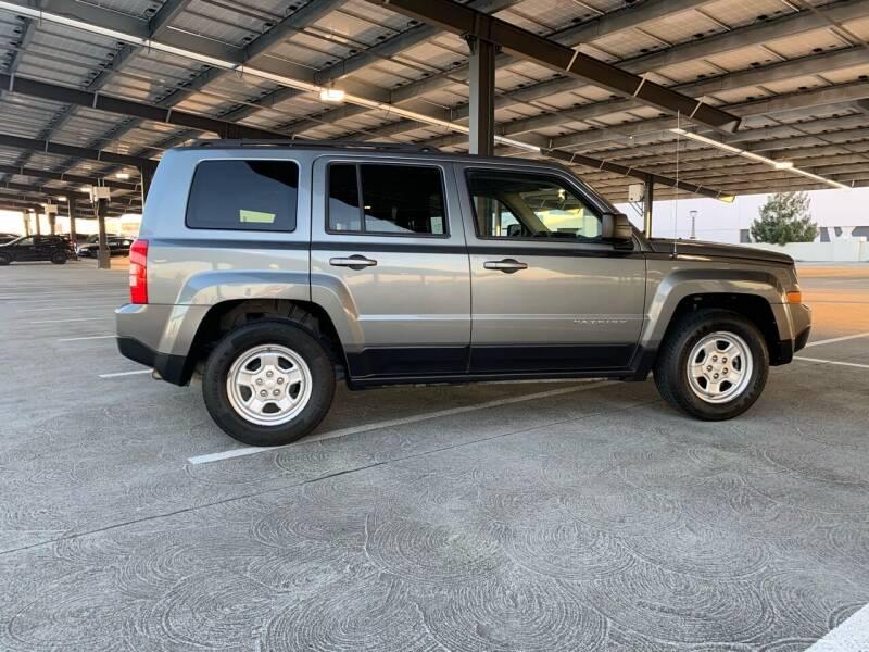 2014 Jeep Patriot for sale at Car Hero LLC in Santa Clara CA