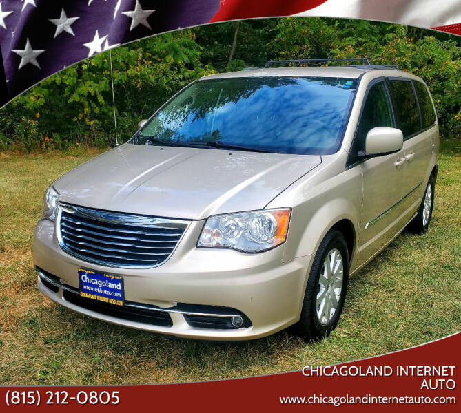 2013 Chrysler Town and Country for sale at Chicagoland Internet Auto - 410 N Vine St New Lenox IL, 60451 in New Lenox IL