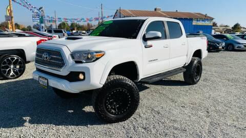 2016 Toyota Tacoma for sale at LA PLAYITA AUTO SALES INC - Tulare Lot in Tulare CA