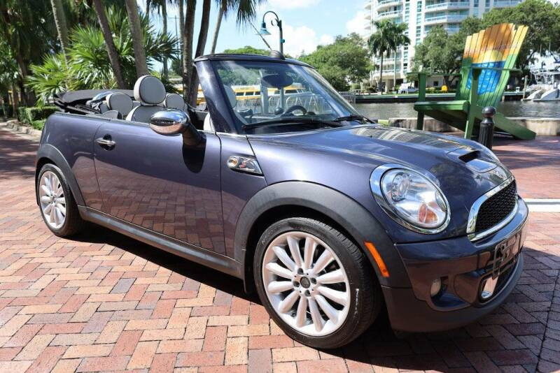 2013 MINI Convertible for sale at Choice Auto in Fort Lauderdale FL