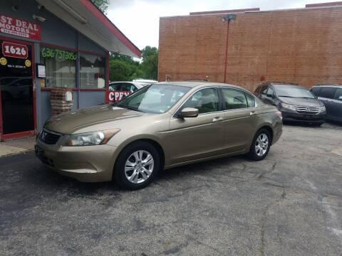 2008 Honda Accord for sale at Best Deal Motors in Saint Charles MO