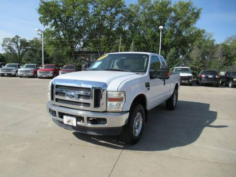 2008 Ford F-250 Super Duty for sale at Aztec Motors in Des Moines IA