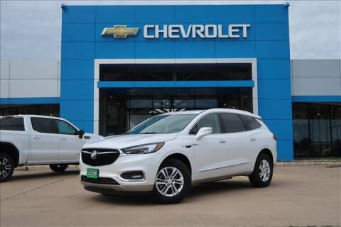 2021 Buick Enclave for sale at Lipscomb Auto Center in Bowie TX