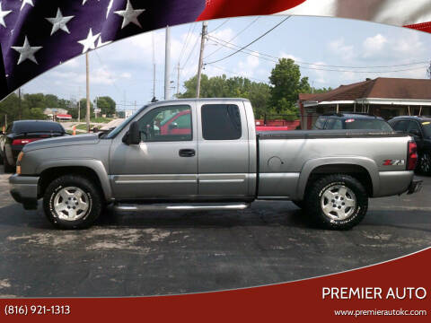 2006 Chevrolet Silverado 1500 for sale at Premier Auto in Independence MO