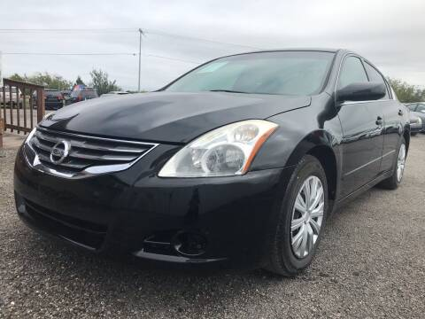 2010 Nissan Altima for sale at Texas Country Auto Sales LLC in Austin TX