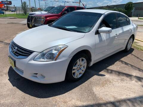 2011 Nissan Altima for sale at Rock Motors LLC in Victoria TX