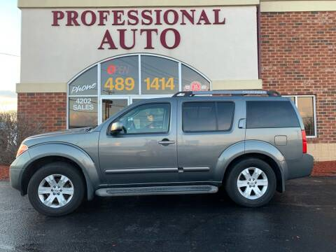 2005 Nissan Pathfinder for sale at Professional Auto Sales & Service in Fort Wayne IN