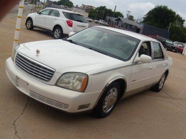 2004 Cadillac DeVille for sale at PERL AUTO CENTER in Coffeyville KS