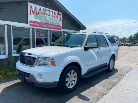 2004 Lincoln Navigator for sale at Martins Auto Sales in Shelbyville KY