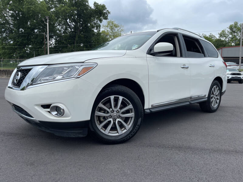 2014 Nissan Pathfinder for sale at Beckham's Used Cars in Milledgeville GA