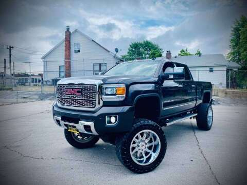 2015 GMC Sierra 2500HD for sale at ARCH AUTO SALES in St. Louis MO