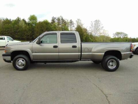 2006 Chevrolet Silverado 3500 for sale at E & M AUTO SALES in Locust Grove VA