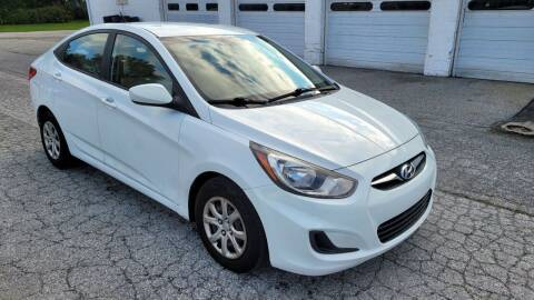 2012 Hyundai Accent for sale at WEELZ in New Castle DE