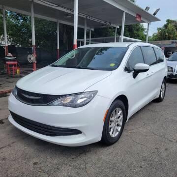 2017 Chrysler Pacifica for sale at America Auto Wholesale Inc in Miami FL