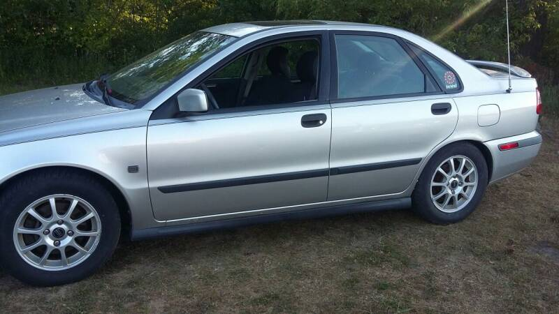 2002 Volvo S40 for sale at Expressway Auto Auction in Howard City MI