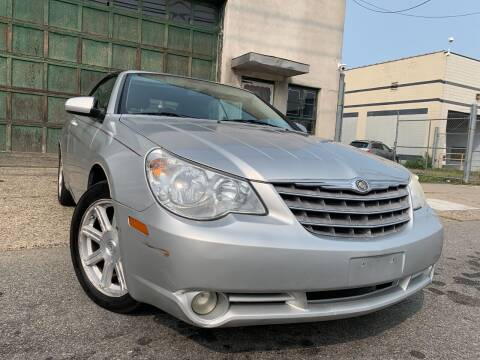2008 Chrysler Sebring for sale at Illinois Auto Sales in Paterson NJ