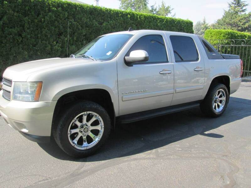 2008 Chevrolet Avalanche for sale at Top Notch Motors in Yakima WA