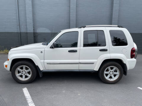 2007 Jeep Liberty for sale at APX Auto Brokers in Lynnwood WA