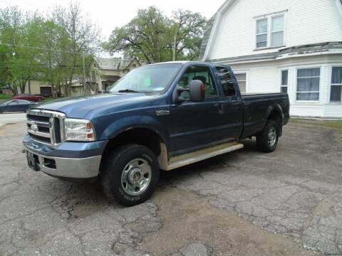 2006 Ford F-250 Super Duty for sale at C&C AUTO SALES INC in Charles City IA