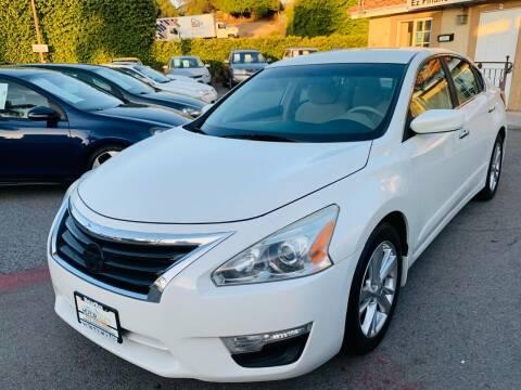 2013 Nissan Altima for sale at MotorMax in Lemon Grove CA