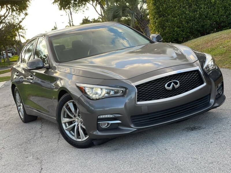 2014 Infiniti Q50 for sale at Citywide Auto Group LLC in Pompano Beach FL