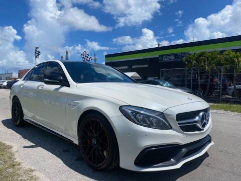 2015 Mercedes-Benz C-Class for sale at GCR MOTORSPORTS in Hollywood FL