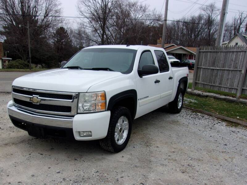 2008 Chevrolet Silverado 1500 for sale at JEFF MILLENNIUM USED CARS in Canton OH