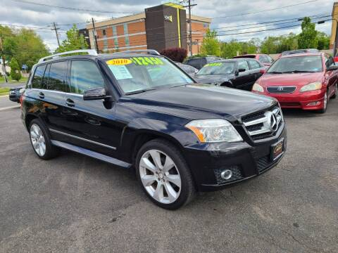 2010 Mercedes-Benz GLK for sale at Costas Auto Gallery in Rahway NJ