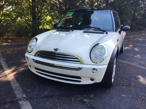 2006 MINI Cooper for sale at Lenoir Auto in Lenoir NC