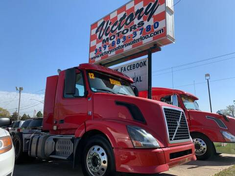 2012 Volvo VNL for sale at Victory Motors in Waterloo IA