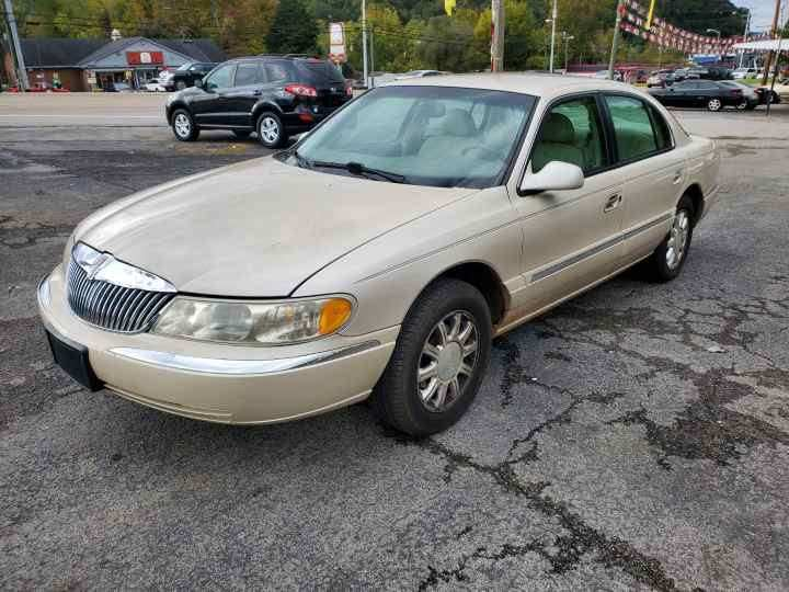1999 Lincoln Continental for sale at Knoxville Wholesale in Knoxville TN