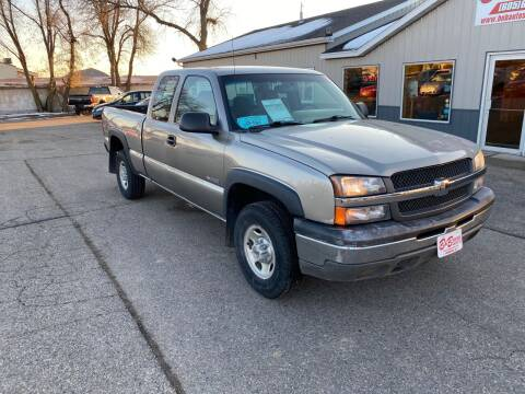 2003 Chevrolet Silverado 2500 for sale at B & B Auto Sales in Brookings SD