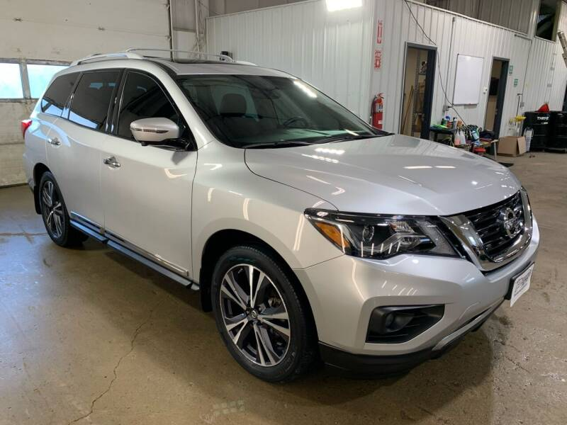 2018 Nissan Pathfinder for sale at Premier Auto in Sioux Falls SD